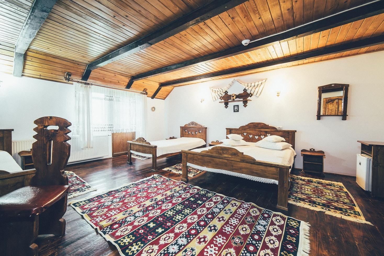 Cameră tradițională II